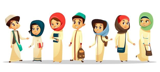 Arabische jonge tiener mannen, vrouwen student permanent met schoudertas houden boeken glimlachen.