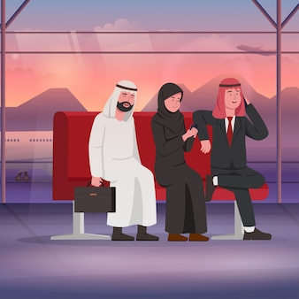Arabische zakenman en vrouw in luchthaven