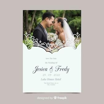 Artistieke bruiloft uitnodiging sjabloon met foto