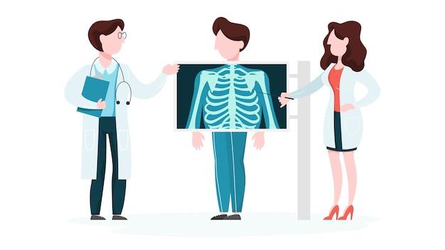 Arts die zich rond een groot x-ray beeld van borst bevindt