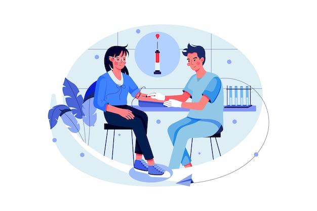Arts doet bloedonderzoek van patiënt met spuit