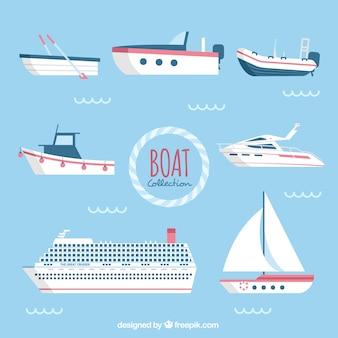 Assortiment van platte boten met rode details