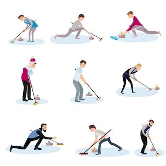 Atleten op het ijs wrijven de vloer met borstels en duwen de steen.