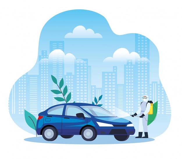 Autodesinfectieservice, coronaviruspreventie, oppervlakken in de auto reinigen met een desinfecterende spray, persoon met biologisch gevaarlijk pak