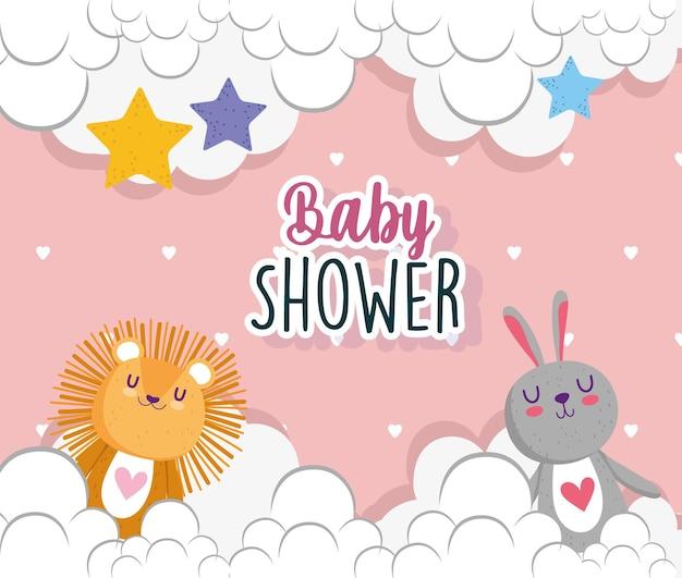 Baby shower uitnodigingskaart leeuw en konijn wolken sterren decoratie vectorillustratie