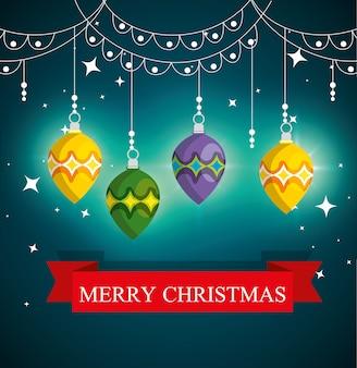 Ballen en lichten die decoratie hangen aan kerstmis
