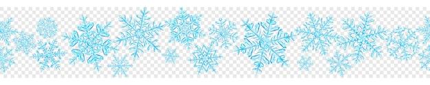 Banner van grote complexe doorschijnende kerst sneeuwvlokken in lichte blauwe kleuren, geïsoleerd op transparante achtergrond. met naadloze horizontale herhaling. transparantie alleen in vectorformaat