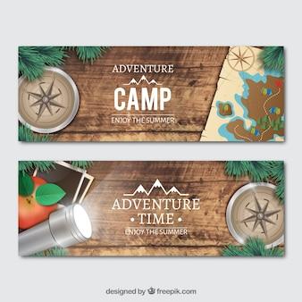 Banners met realistische avontuur voorwerpen