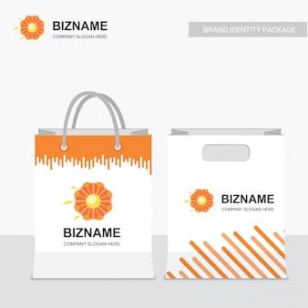 Bedrijf boodschappentassen ontwerp vector