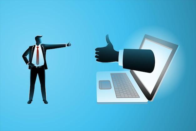 Bedrijfsconcept, kleine zakenman die zich met grote hand bevindt die uit laptop verschijnt duimen omhoog bij elkaar