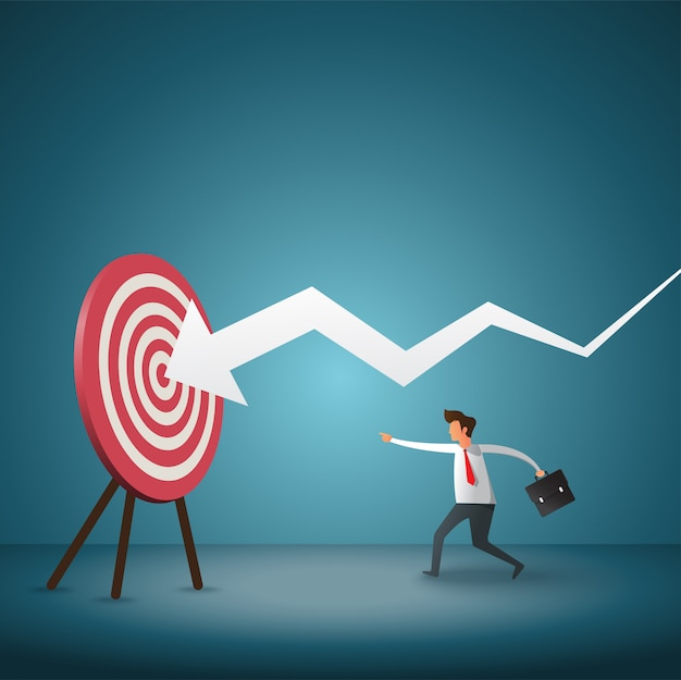 Bedrijfsdoelstelling en strategie. zakenman die pijltje werpt bij pijl.