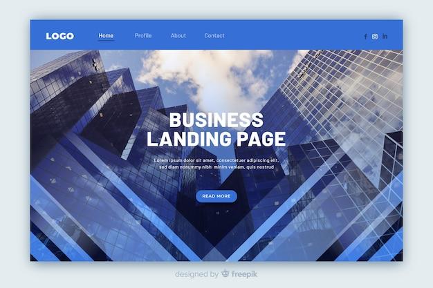 Bedrijfslandingspagina met foto van de lage hoekmening