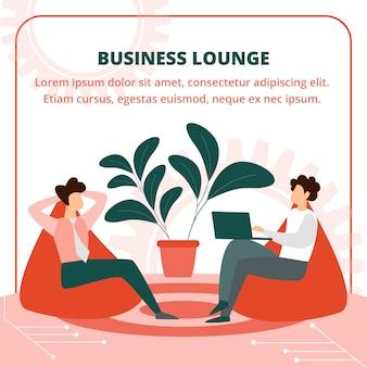 Bedrijfsmensen die in leunstoel in lounge room zitten