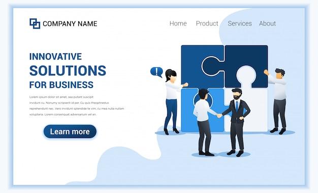 Bedrijfsoplossingen met mensen die puzzel samenstellen en zakenman die handen schudden.