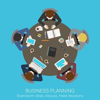 Bedrijfsplanning brainstormen bovenaanzicht concept. mensen zitten aan ronde vergadertafel vectorillustratie.