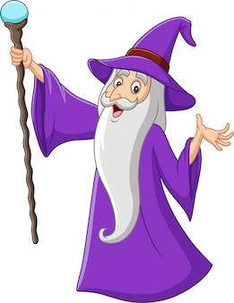 Beeldverhaal oude tovenaar die magische stok houden