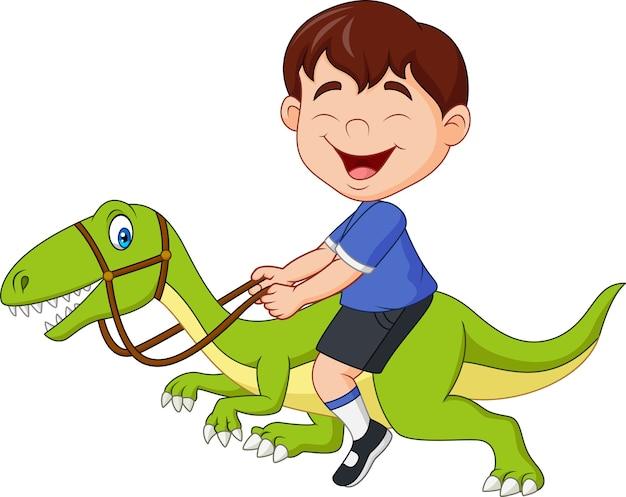 Beeldverhaal weinig jongen die een dinosaurus berijdt