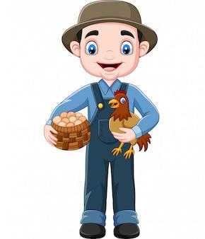 Beeldverhaallandbouwer die kip en een mand van eieren houden