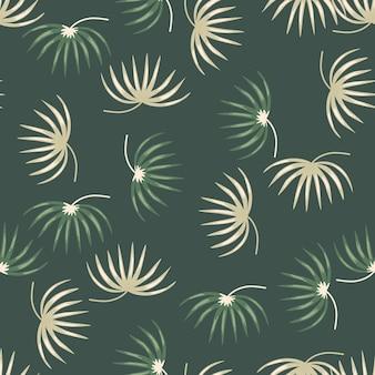 Beige en groene willekeurige tropische bladeren silhouetten naadloze patroon.