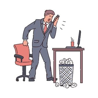 Beklemtoonde woedende zakenman of beambte die luid in mobiele telefoon schreeuwt