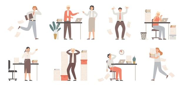 Benadrukte zakenmensen. drukke kantoormedewerkers, boze baas in paniek en werkchaos