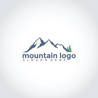 Berg met vuren logo ontwerp