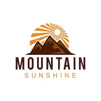 Berg zonneschijn logo ontwerp