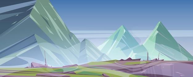 Berglandschap met mist bedekken rotsachtige toppen