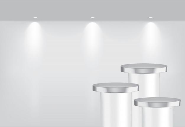 Bespotten van realistische lege metalen planken