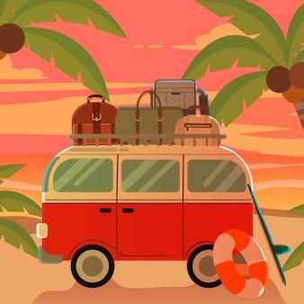 Bestelwagen op het strand met zonsondergang in de zomerthema