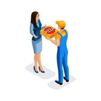 Bezorging van pizza door de bezorgdienst, een man in uniform, bezorgt bestellingen in corton dozen. levering concept. snelle bestelwagen. postbode