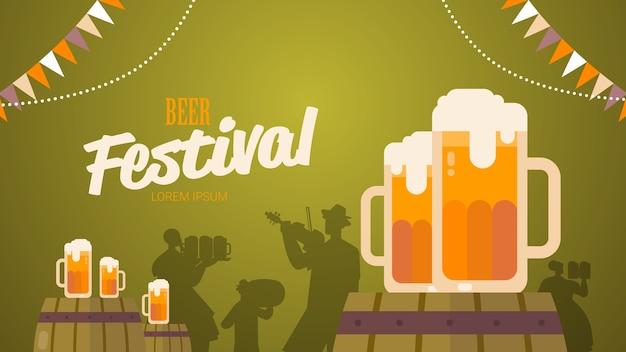Bierfestival oktoberfest partij viering concept belettering wenskaart