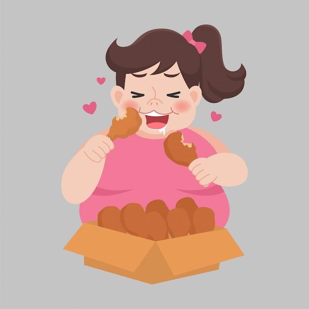 Big fat gelukkige vrouw geniet van eten kip drumstick