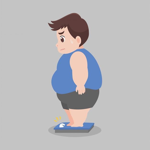 Big fat man staande op elektronische weegschalen voor lichaamsgewicht