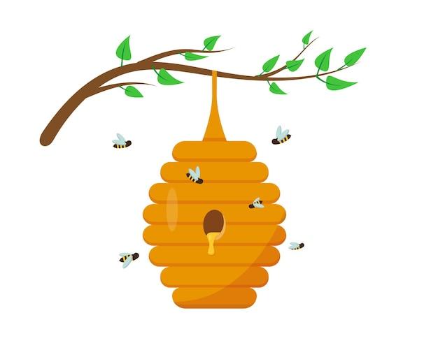 Bijenkorf met honing op de boomtak met bladeren. bijenhuis en insect in de natuur.