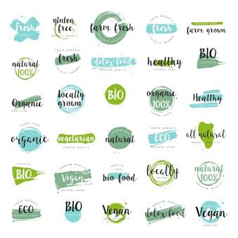 Biologisch voedsel, boerderij verse en natuurlijke productetiketten ingesteld