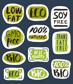 Biologisch voedsel hand getekende etiketten set