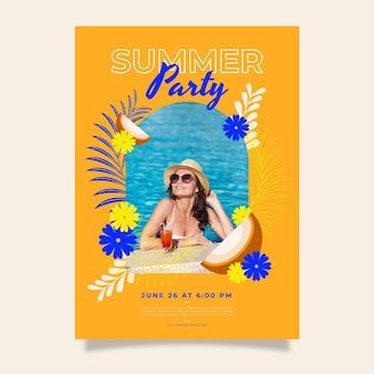 Biologische platte zomer partij verticale poster sjabloon met foto