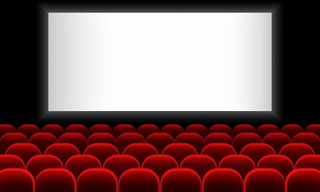 Bioscoopauditorium met scherm en rode stoelen.