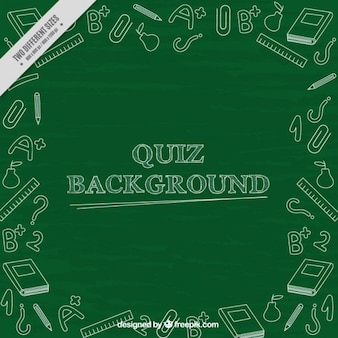 Blackboard achtergrond met schetsen van de examen-elementen