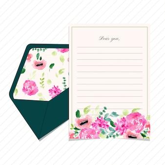 Blanco brief en envelop met bloemenwaterverf
