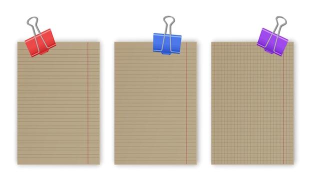Blanco gerasterde notebookpapiervellen met lijnen en vierkanten voor memo