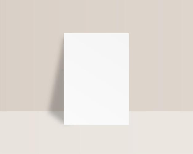 Blanco wit vel papier. lege papieren sjabloon. . sjabloon. realistische afbeelding.