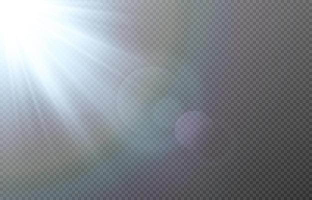 Blauw licht met lensfakkels. zon, zonnestralen, dageraad, schittering van de zon