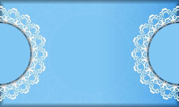 Blauwe achtergrond met vintage witte ornamenten en ruimte voor tekst