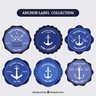 Blauwe ankeretiketterzameling van zes