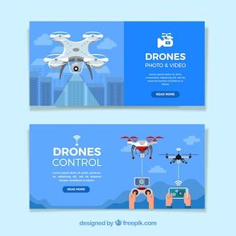 Blauwe banners met drones