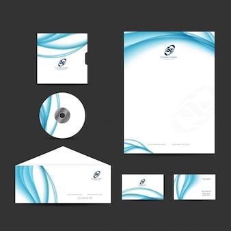 Blauwe golvende zakelijke briefpapier ontwerp