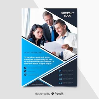 Blauwe zakelijke folder sjabloon met foto