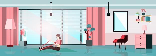 Blijf thuis concept. vrouwen trainen in huis. home activiteit vectorillustratie